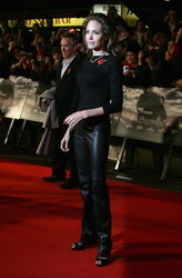angelina jolie beowulf premiere london 1