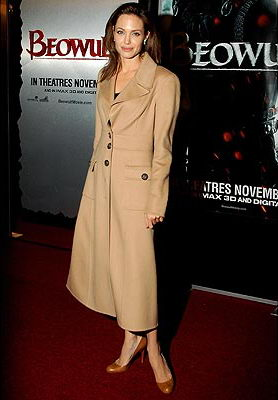 Angelina's Outfit at the Beowulf Premiere