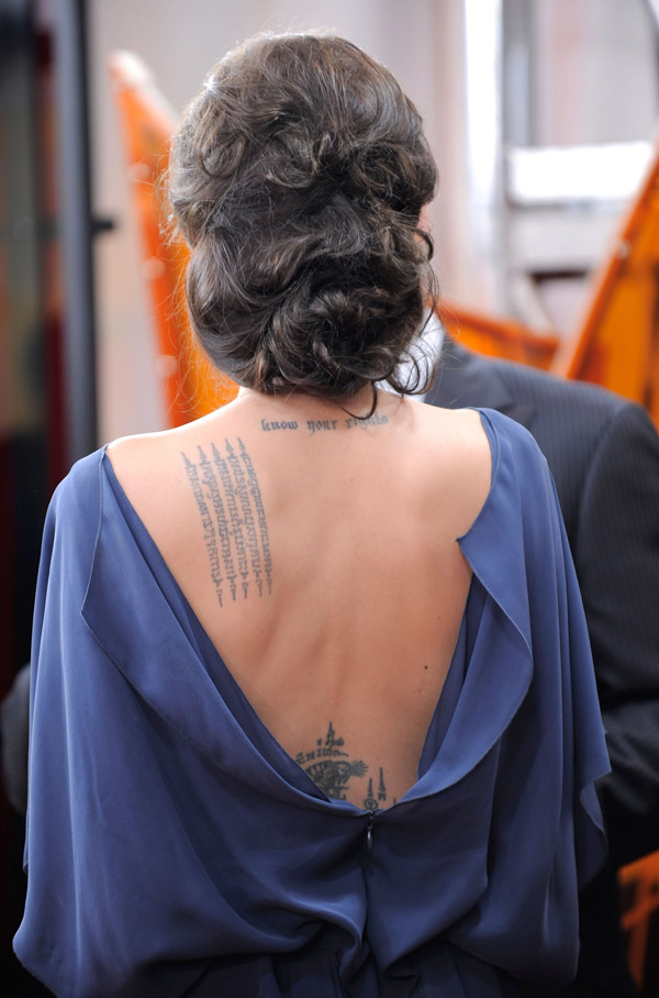 Angelina Jolie blue Max Azria dress SAG Awards 2009 back tattoos