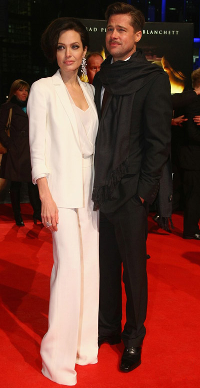 Angelina's New Hair And Akris White Suit For Benjamin Button Berlin Premiere