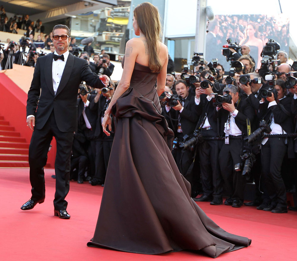 Angelina Jolies Chocolate Brown Atelier Versace Dress For Cannes 2011 StyleFrizz