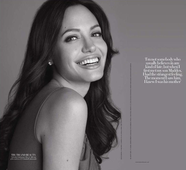 Angelina Jolie Harpers Bazaar December 2008 black and white pictures 1