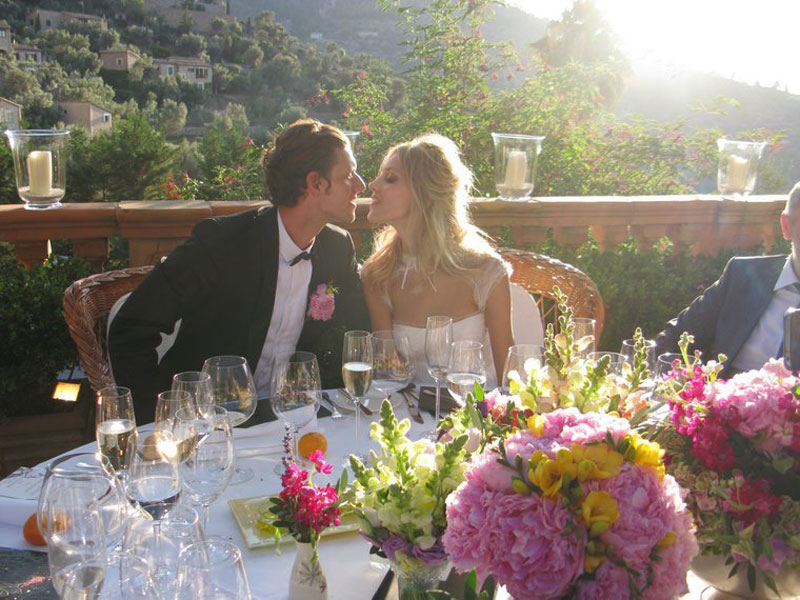 Anja Rubik Sasha Knezevic Wedding Table