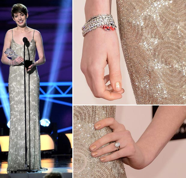 Anne Hathaway jewelry Critics Choice Awards 2013