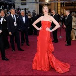 Anne Hathaway red Valentino dress 2011 Oscars 3