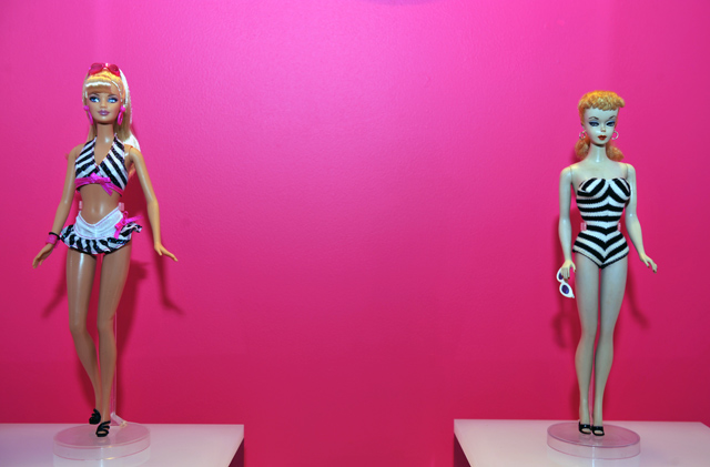 Barbie Dream home Malibu Jonathan Adler 7