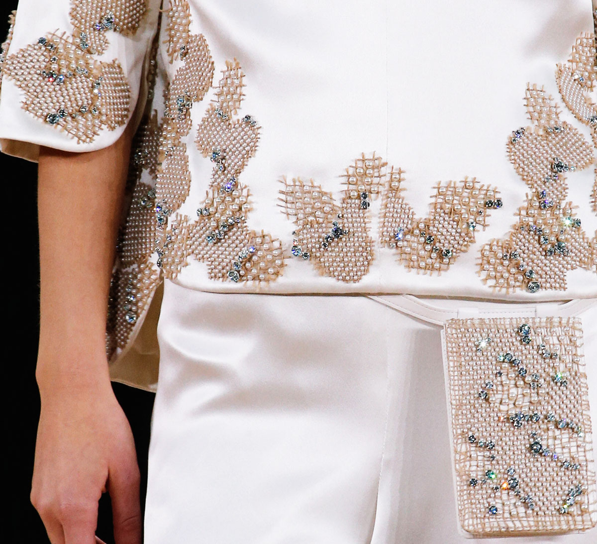 beads embroidery Chanel Couture Spring 2016