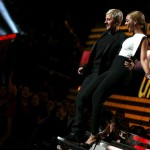 Beyonce 2013 Grammy Awards presenter with Ellen