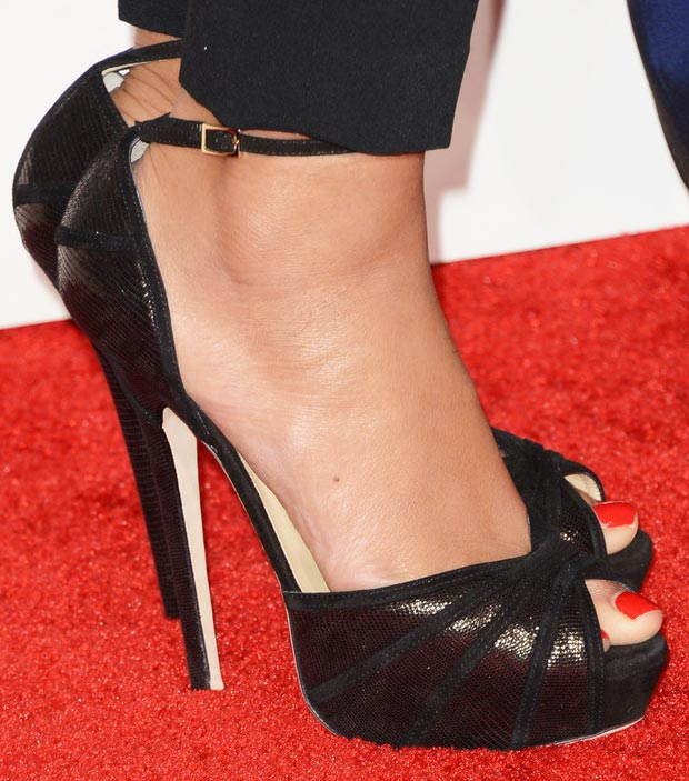 Beyonce 2013 Grammy black sandals Jimmy Choo