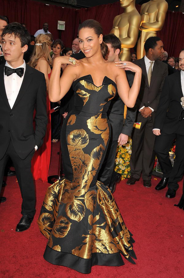 beyonce black dress oscars 2009 7