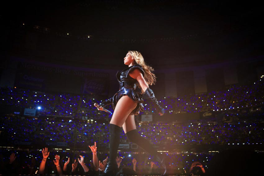 Beyonce Super Bowl: Rubin Singer Black Leather Stage Outfit, Gold Chevron Nails