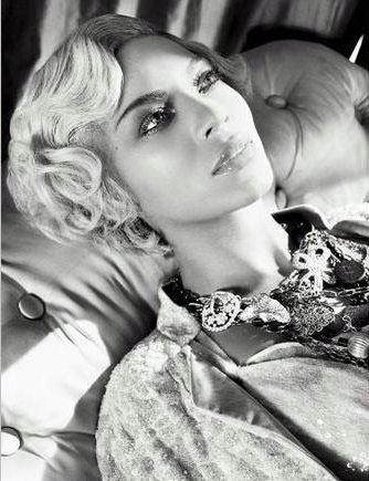 Beyonce blonde Italian Vogue 09