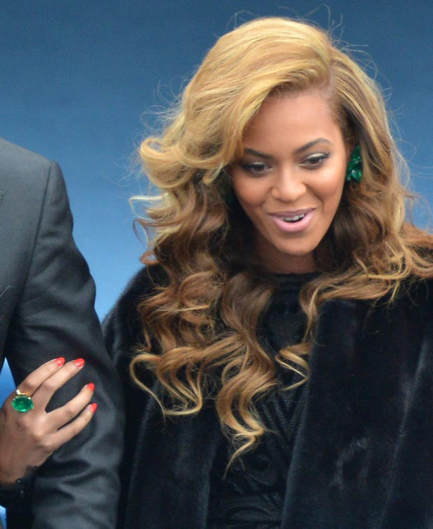 Beyonce Sings National Anthem In Black Pucci Dress, Inauguration Day