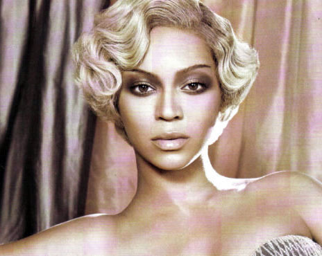 Beyonce Italian Vogue April 09