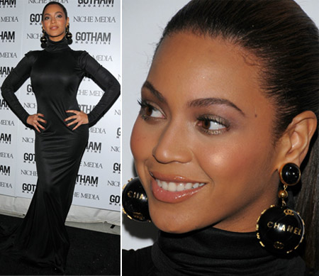 Beyonce Rock and Republic black dress and Chanel golden globes earrings