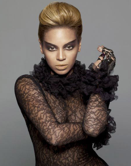 Beyonce Sasha Fierce pictures with Lorraine Schwartz glove