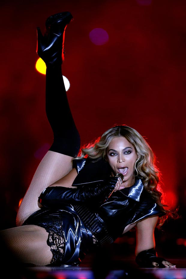 Beyonce Super Bowl Halftime stage performance booties
