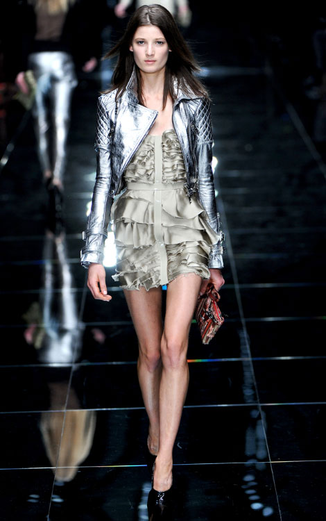 Burberry Prorsum Summer 2011 collection