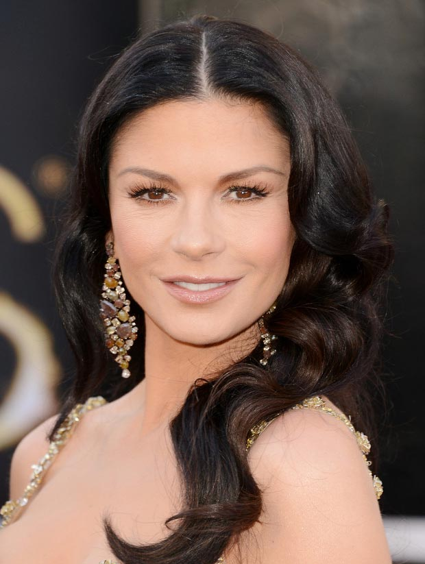Catherine Zeta Jones Lorraine Schwartz earrings 2013 Oscars