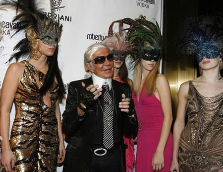 Roberto Cavalli as Karl Lagerfeld for Halloween party