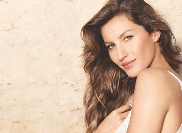 Chanel beauty campaign Gisele Bundchen