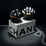 Chanel Black White cupcakes