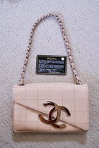 chanel shoulder bag pink