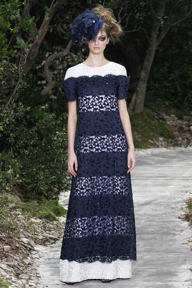 Chanel Spring 2013 Couture collection lace stripes dress