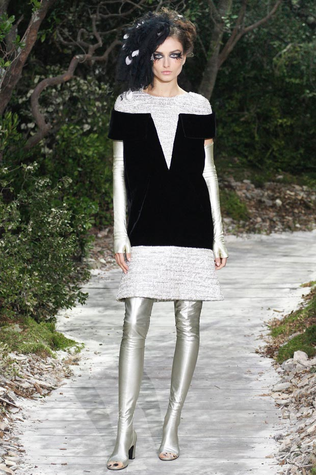 Chanel Spring 2013 Couture collection trompe loeuil dress
