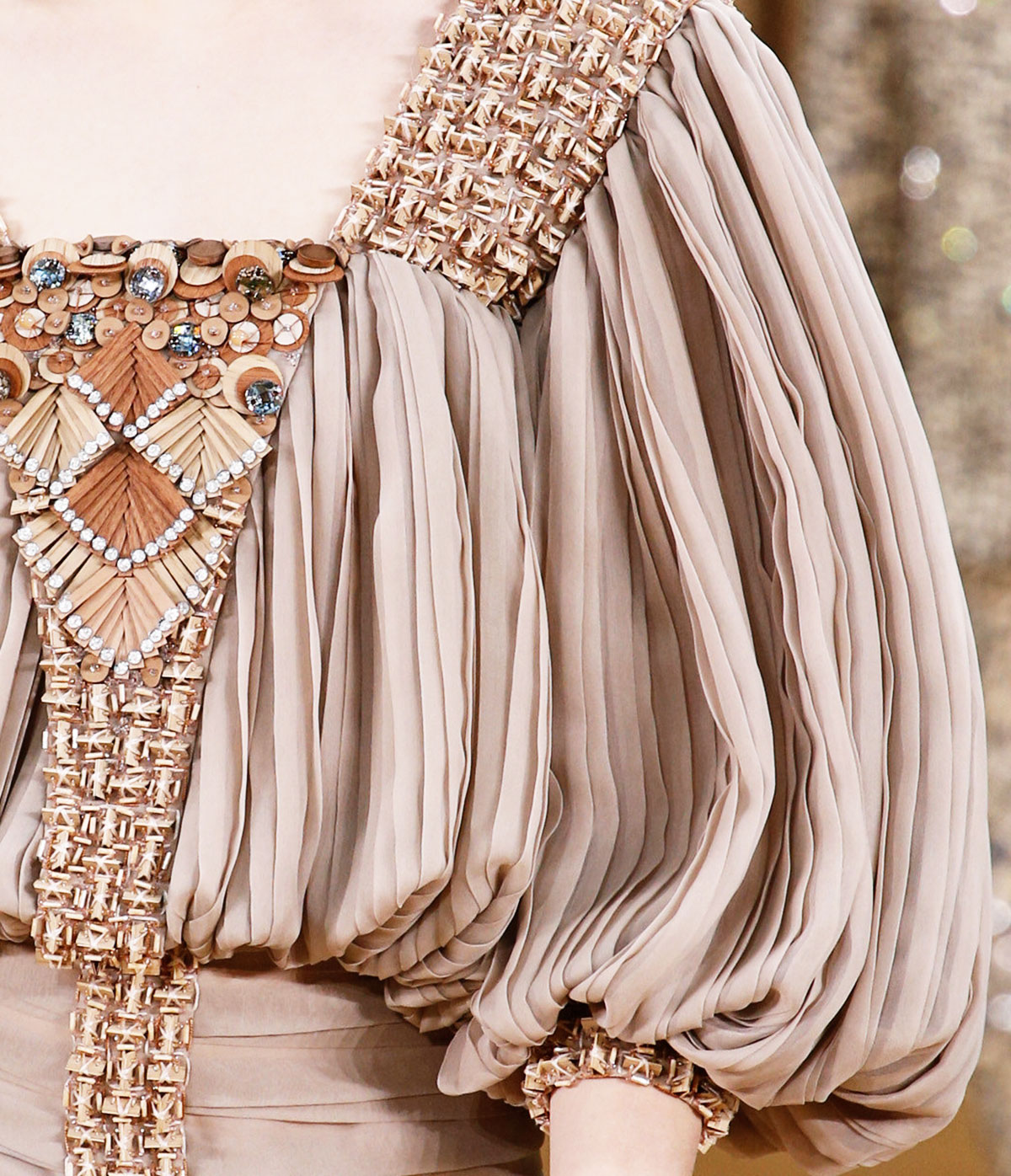 Chanel Spring 2016 Haute Couture wood seqiuins