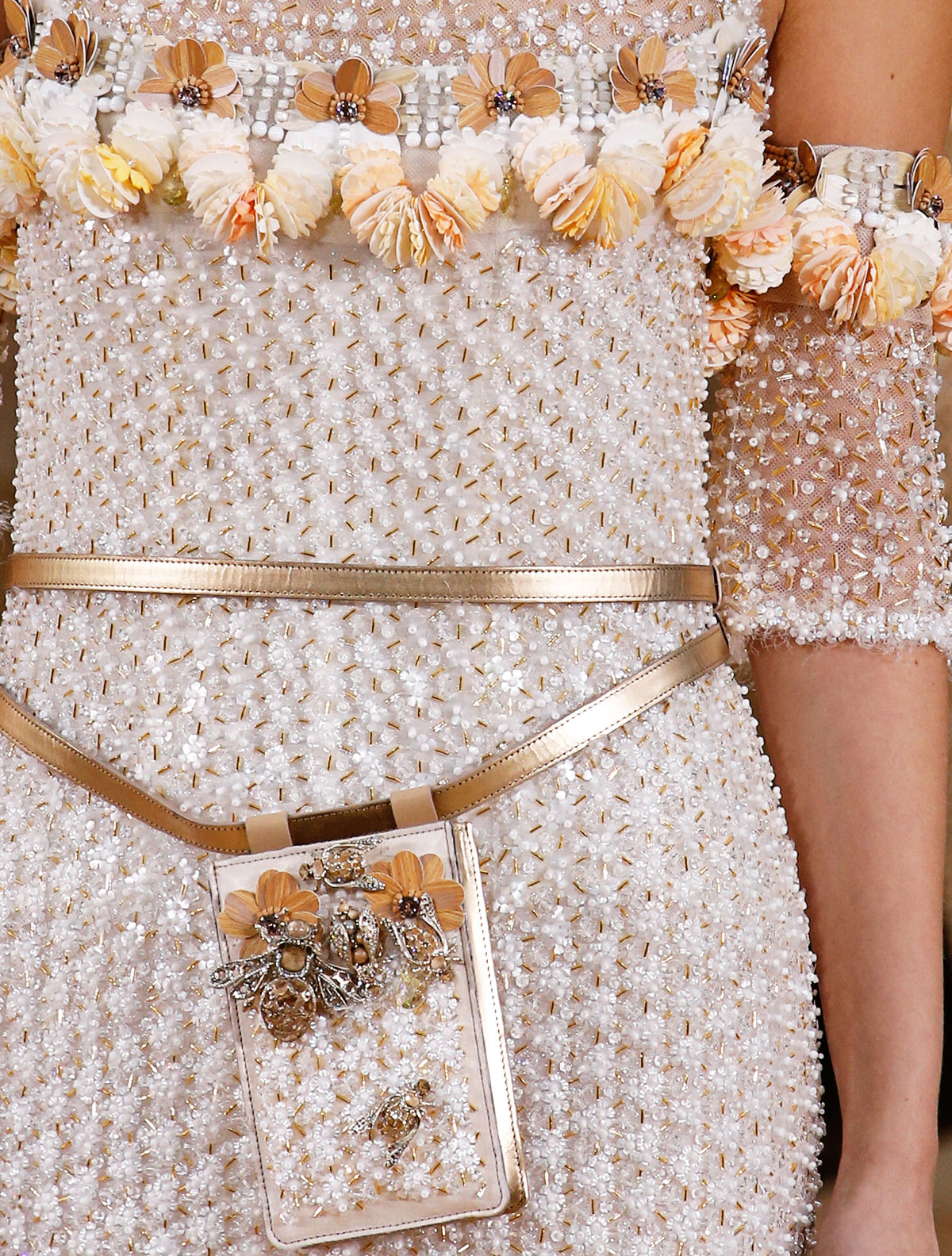 Chanel Summer 2016 Couture beads wood
