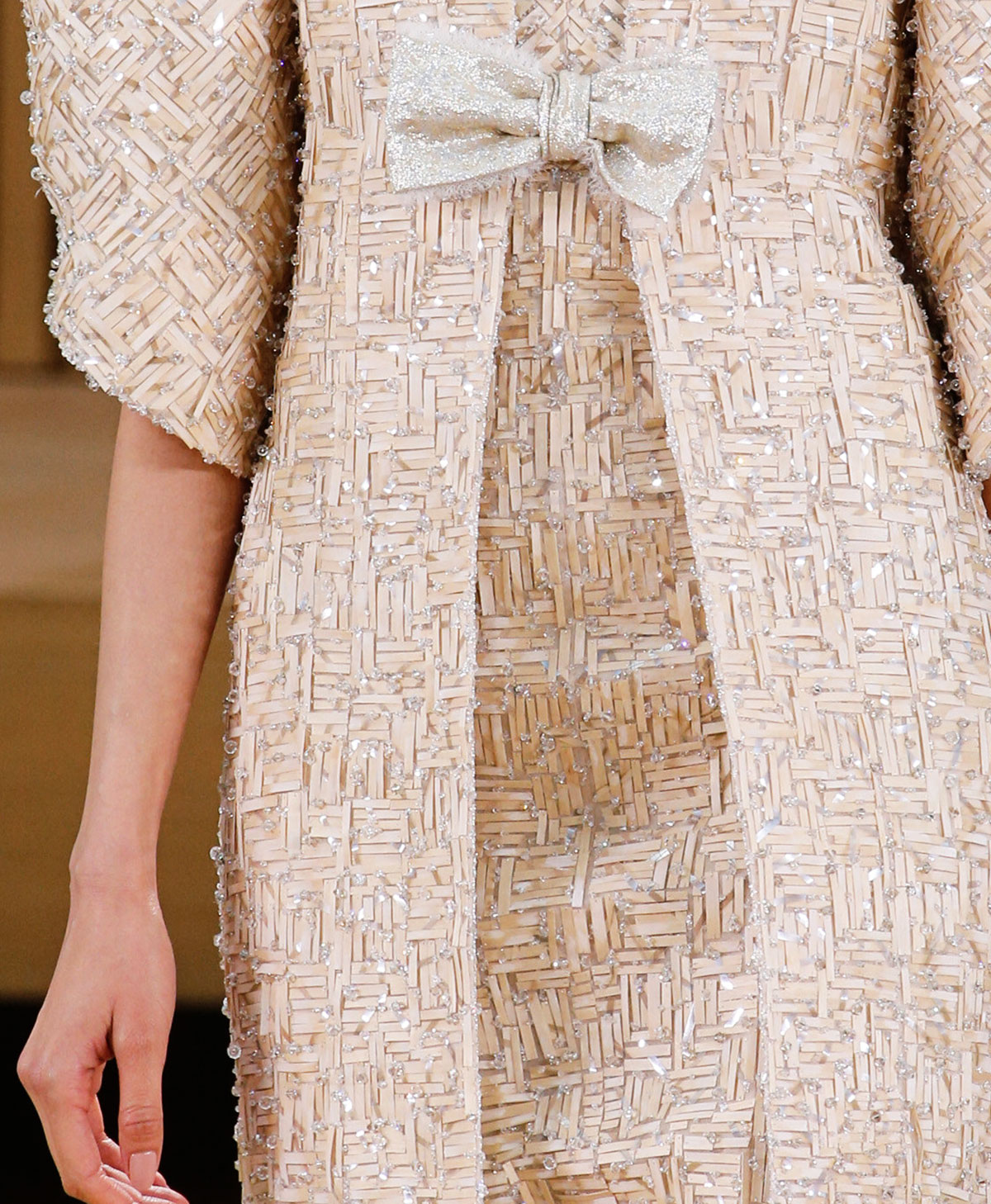 Haute couture details chanel spring summer 2016 stylefrizz for Haute couture materials