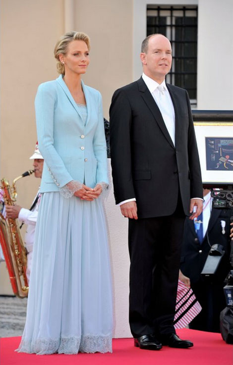 Charlene Wittstock blue suit Albert de Monaco civil wedding ceremony