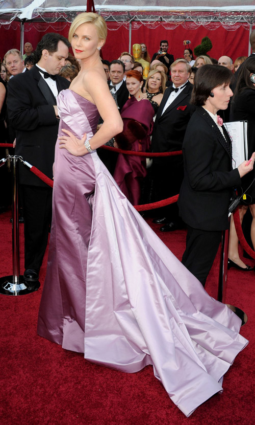 Charlize Theron Dior Couture dress 2010 Oscars 1
