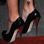 Charlize Theron Dior pumps 1