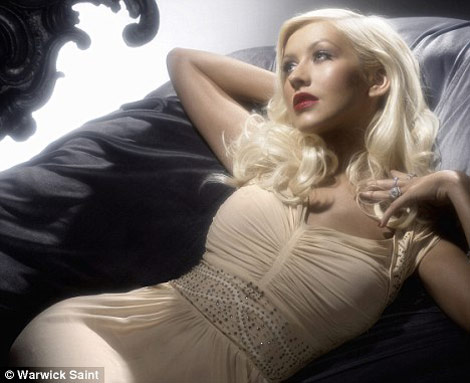 Christina Aguilera by Night Perfume ad