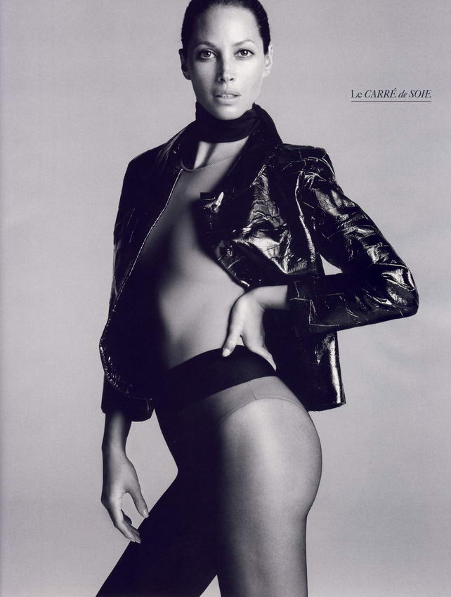 Christy Turlington Vogue French October 2008 03