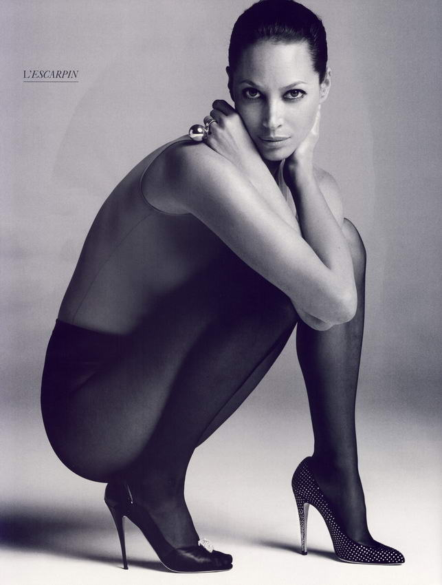 Christy Turlington Vogue French October 2008 08