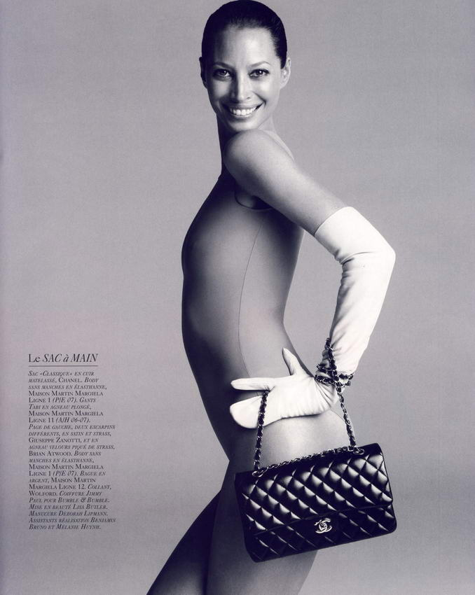 Christy Turlington Vogue French October 2008 09