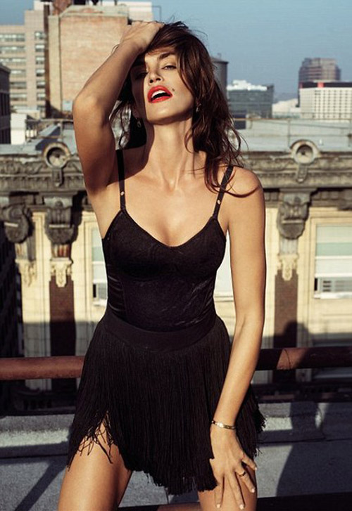 Cindy Crawford Harpers Bazaar March 2010 3