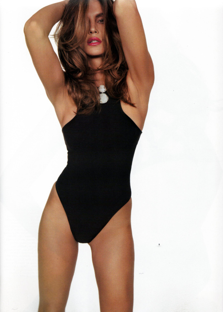 Cindy Crawford Vogue Paris November 2008 5