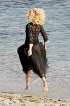 claudia schiffer dress chanel