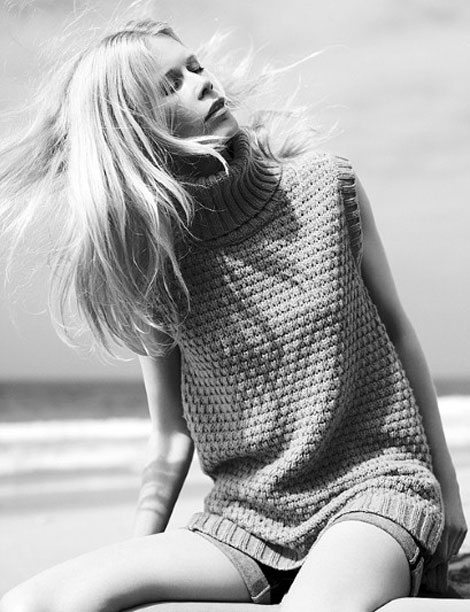 Claudia Schiffer Harper s Bazaar July 2011 black and white