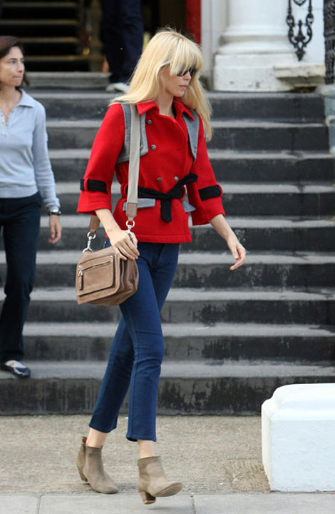Claudia Schiffer school run