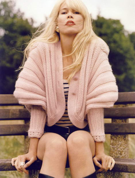 Claudia Schiffer Vogue Paris October 2009