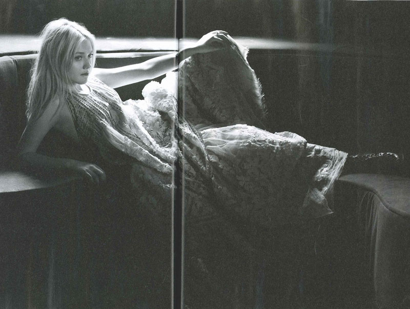 Dakota Fanning Dazed and Confused September 2010 1