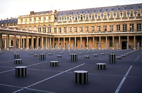 Damien Buren striped columns Palais Royal