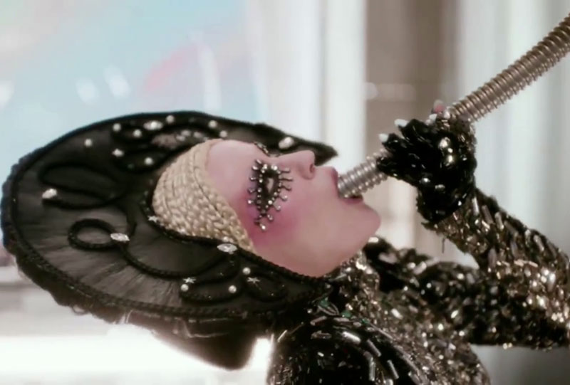 Daphne Guinness eccentric love life taste music video