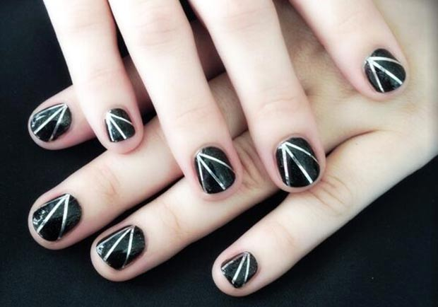 Demi Lovato nails black silver stripes