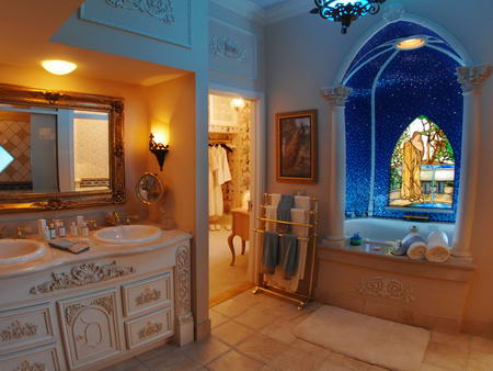 Disneyland Dream Suite Bathroom